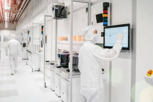 cleanroom at Infineon