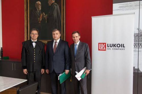Ceremony at Leoben university
