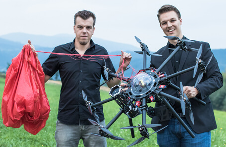 multicopter with parachute